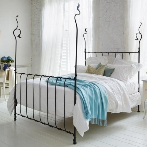 Squigilina Bed (King)